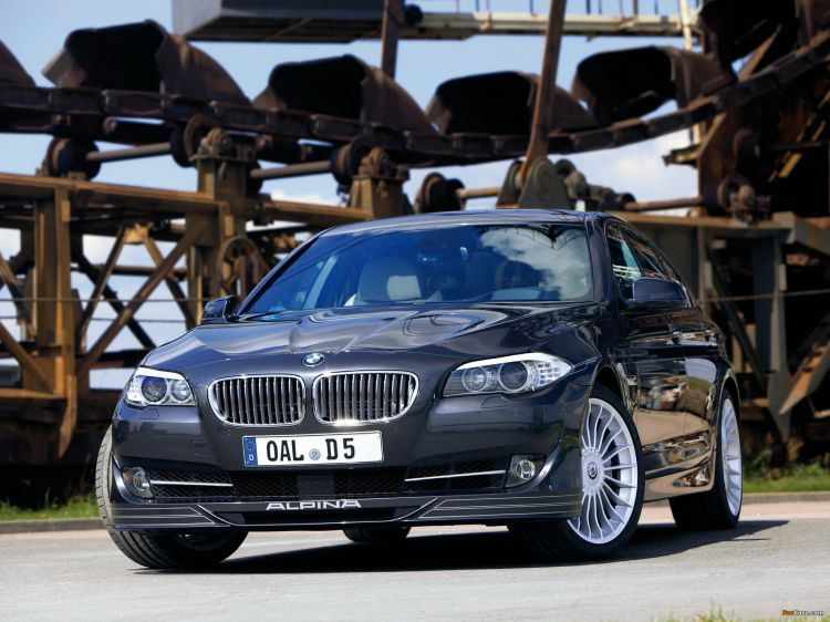 bmw_5-series_2011_wallpapers_28