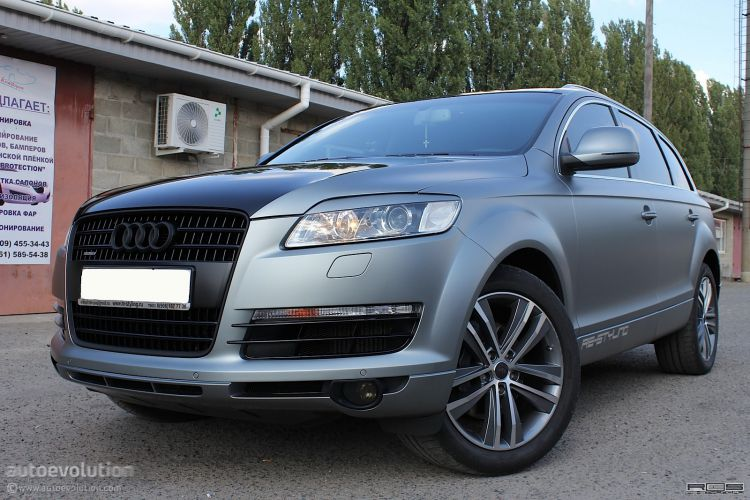 audi-q7-wrapped-in-frozen-gray-49687_1