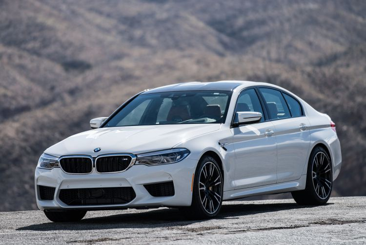 BMW-M5-F90-Review-gear-patrol-slide-1-1940x1300