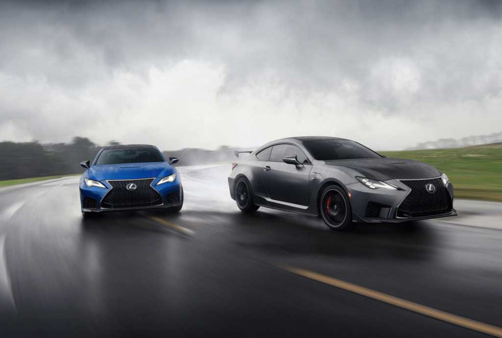 Новое купе Lexus RC F с шинами Michelin показали в США