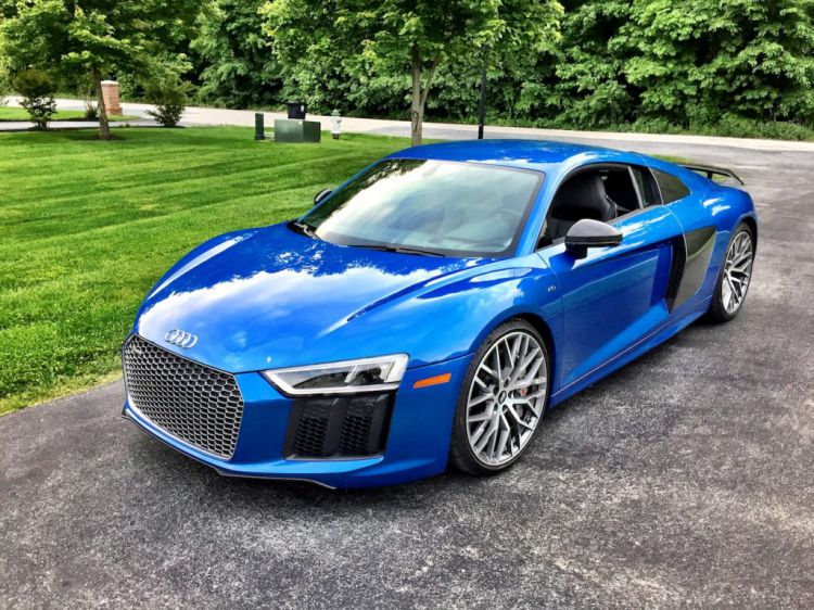 2017-Audi-R8-V10-plus-Ara-Blue-Crystal-Effect-1024x768